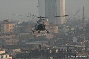 NSG commandos being dropped of from a Navy Chopper on the Terrace of Nariman House for a Top Down operation.
